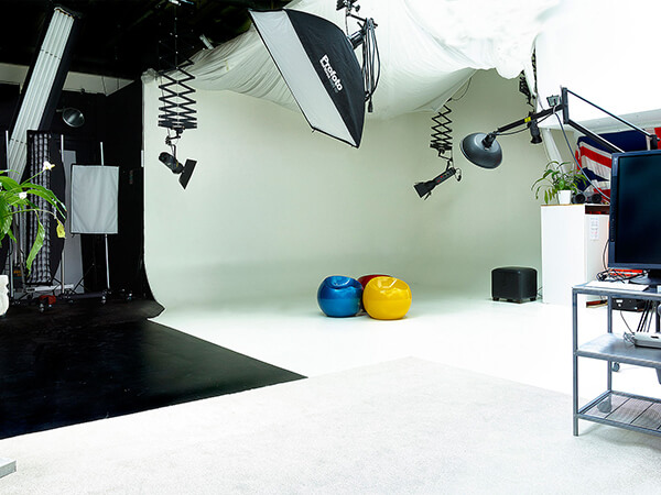 Hire studio time at Uniquecapture in Milton Keynes, Bucks